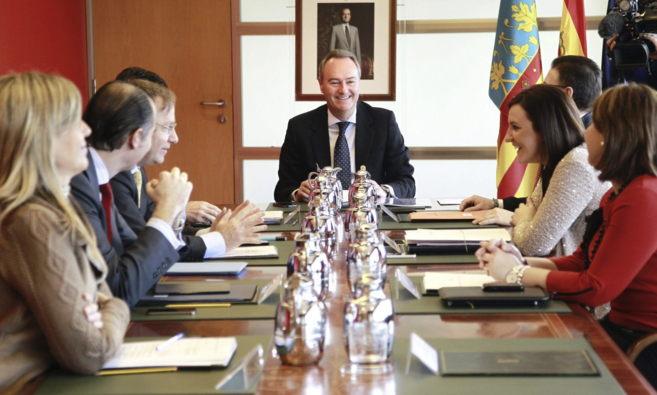 El presidente de la Generalitat, Alberto Fabra, preside la reunión...