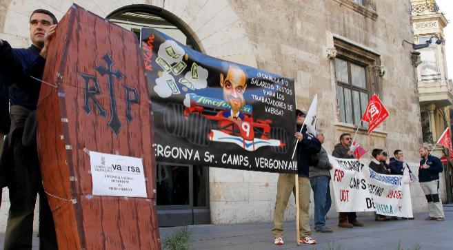 Trabajadores de Vaersa protestan por los ajustes impulsados por el...