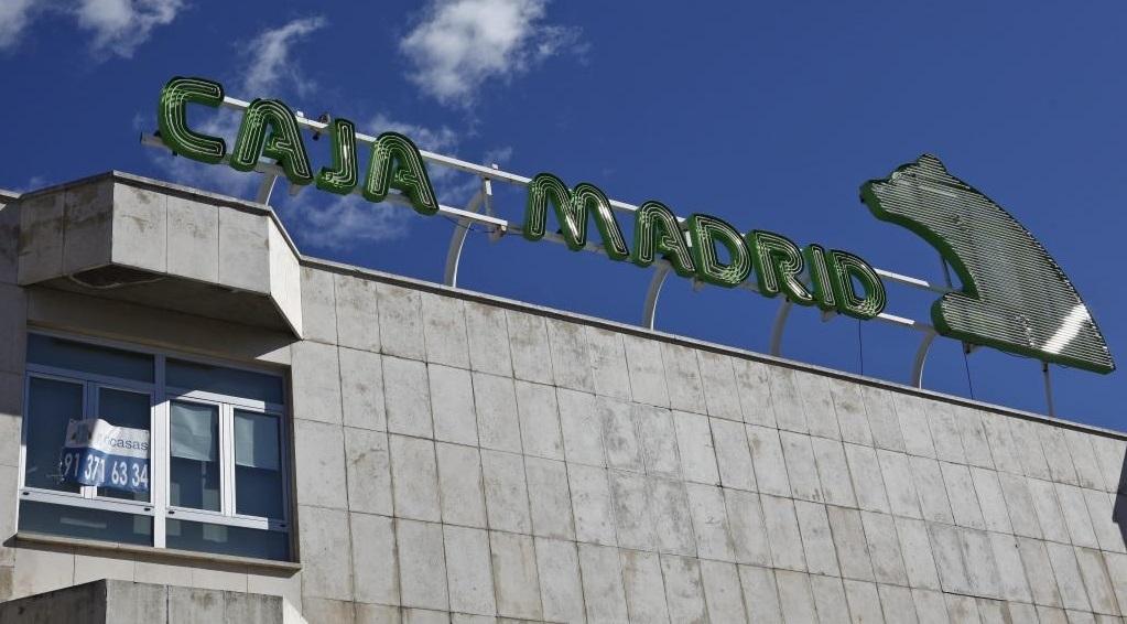 Fachada de la antigua biblioteca de Caja Madrid en el barrio de...