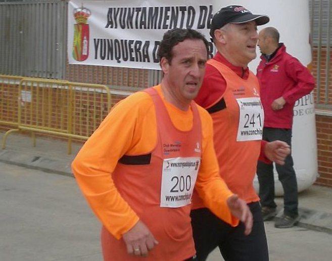 El kamikaze, Ramón Jorge Ríos Salgado, participa en un maratón en...