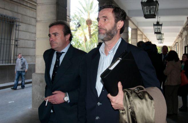 Zoilo Ruiz Mateos, a su llegada a los juzgados de Sevilla.