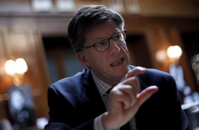 """El director de HRW cree que la OEA debería discutir """"tácticas..."""