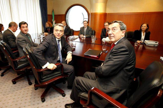 Reunión del consejo vasco de finanzas, que sienta a Gobierno,...