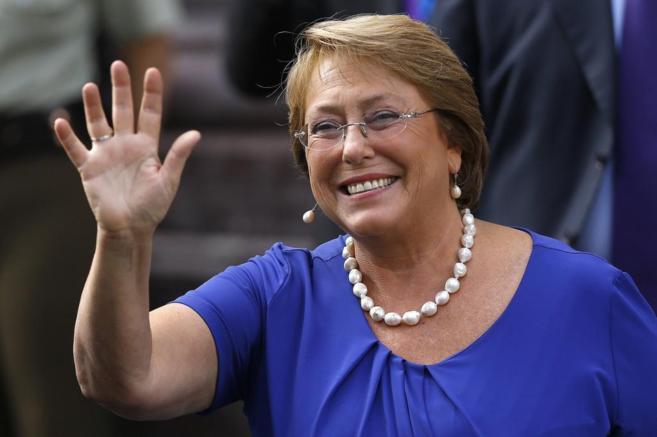 Michelle Bachelet recibe hoy la presidencia de Chile, después de...