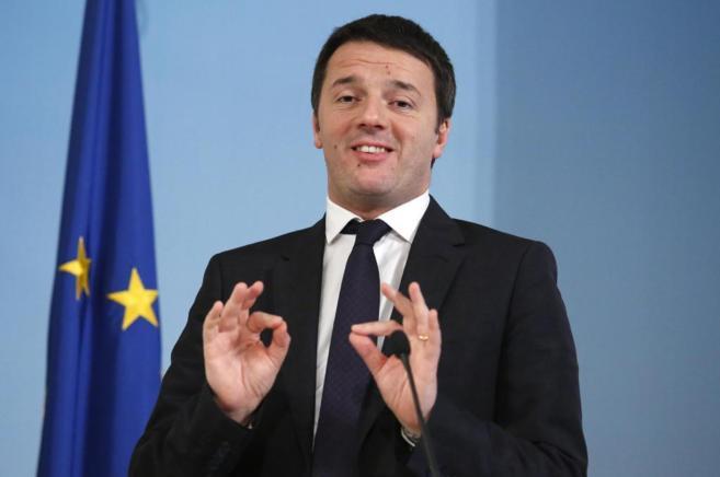 El primer ministro Matteo Renzi, en la conferencia de prensa de este...