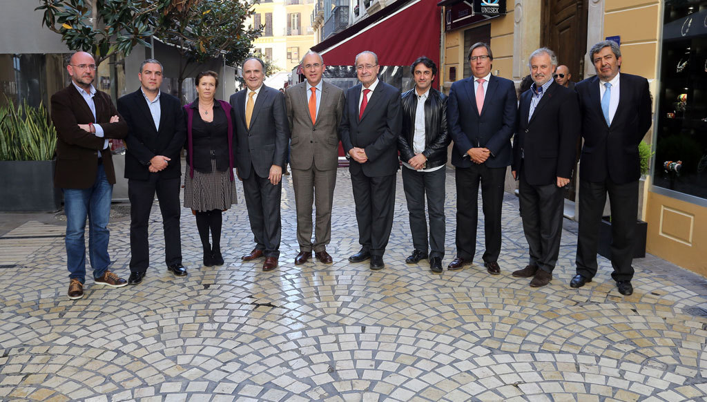 Los miembros del jurado de los Premios El Caminante a la excelencia...