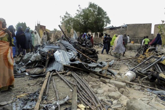 Un mecado destrozado por un atentado cometido hace escasos días en...