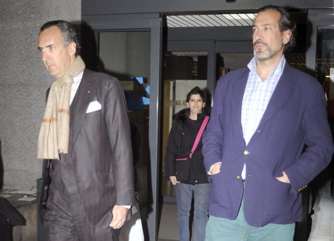 Jaime e Ignacio de Marichalar, este jueves en el hospital.
