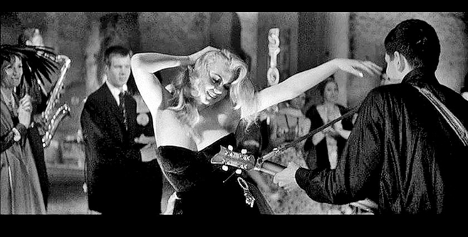 Anita Ekberg, en un fotograma de 'La dolce vita'., de...