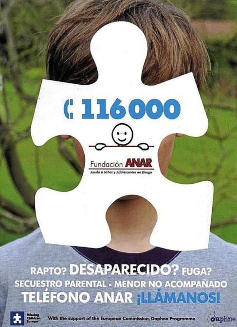 Un cartel de la Fundación ANAR de apoyo a niños y adolescentes en...