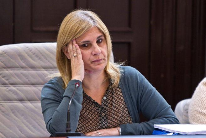 La alcaldesa de Jerez, María José García Pelayo, durante el pleno...