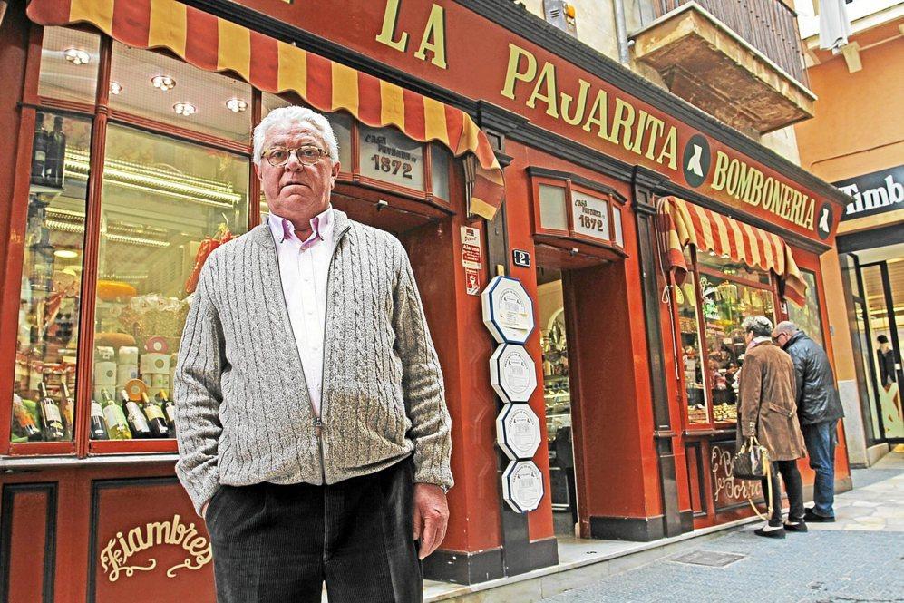 Javier Mulet, actual propietario y gerente de La Pajarita.