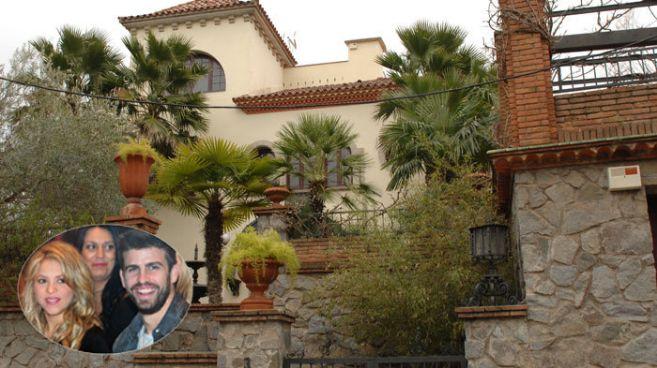 Fachada de la casa que David Meca alquiló a Shakira y a Piqué, en la...
