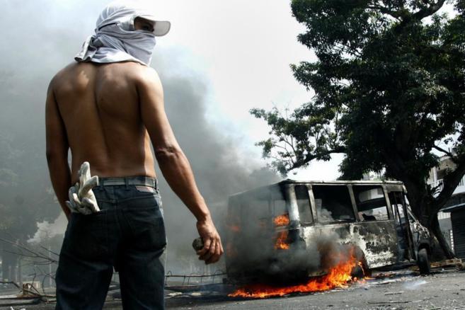 Protestas contra el Gobierno de Maduro en San Cristóbal.