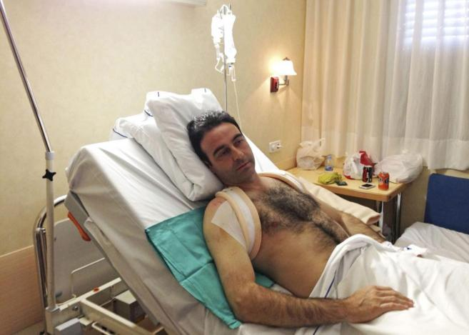 Enrique Ponce en el hospital de Valencia