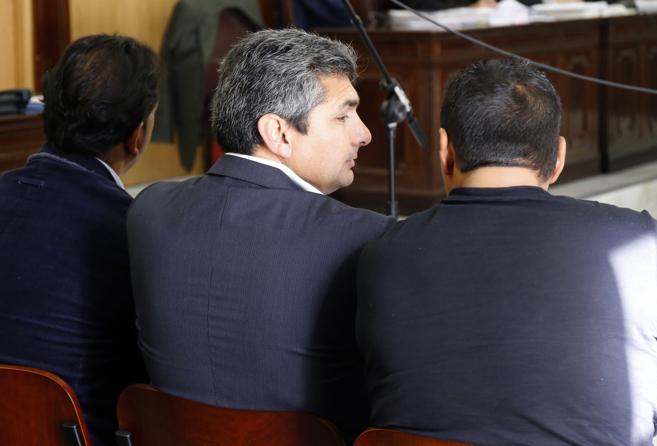 Juan José Cortés, sentado en el banquillo durante el juicio.