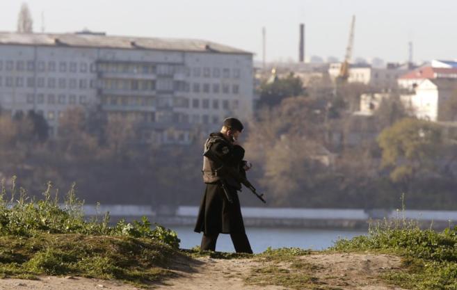 Imagen de un marinero ruso en Sebastopol.