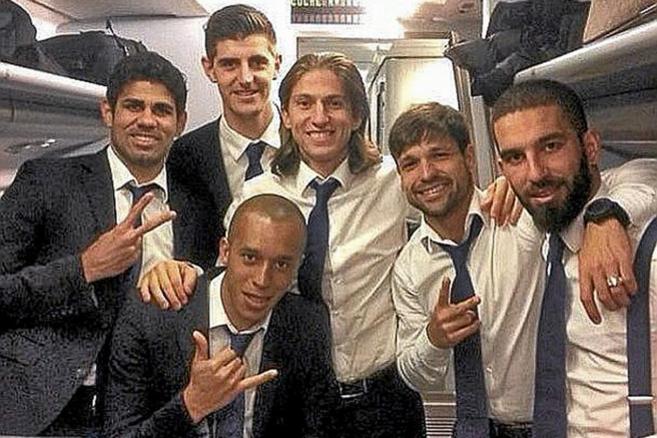 Costa, Courtois, Miranda, Filipe, Diego y Arda Turan, anoche en el...