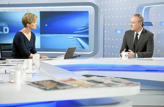 El presidente de la Generalitat, Alberto Fabra, ayer, en los Desayunos...