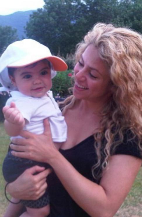 <strong>7. Milan, Shakira (37) y Gerard Piqué (27).</strong> Desde el...