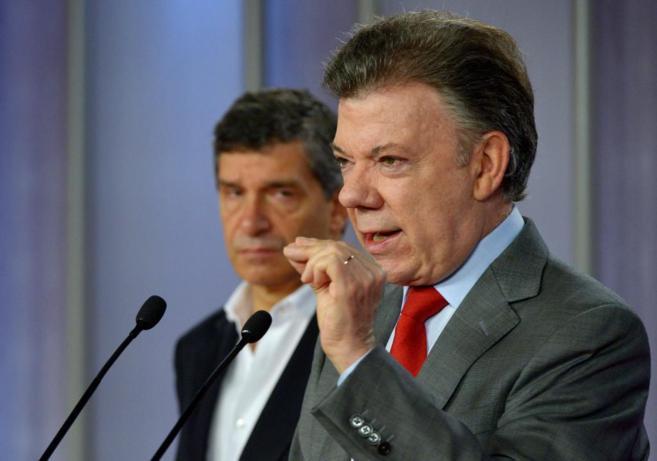 Juan Manuel Santos,  junto al alcalde encargado de Bogotá y ministro...