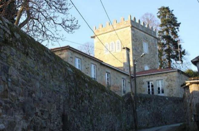 Vista del Pazo Torre de Illobre, donde vivía la condesa de Taboada...