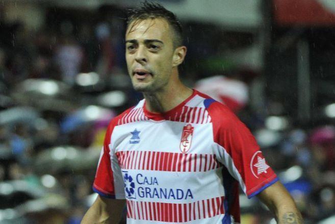 Dani Benítez, durante un partido con el Granada.