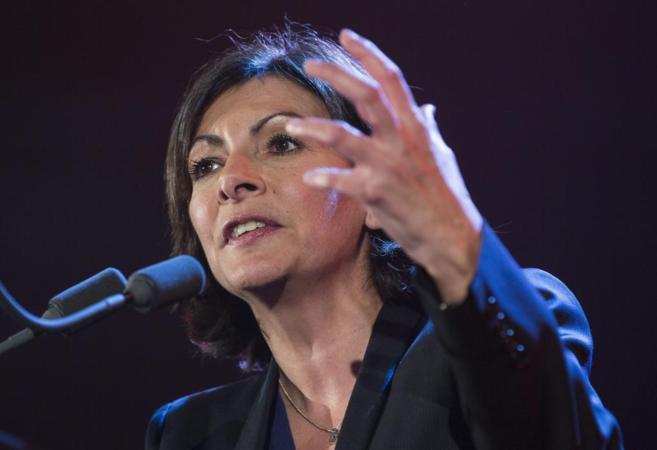 La candidata a la alcaldía de París por el Partido Socialista, Anne...