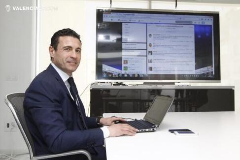 Amadeo Salvo respondiendo a las preguntas de los aficionados en...