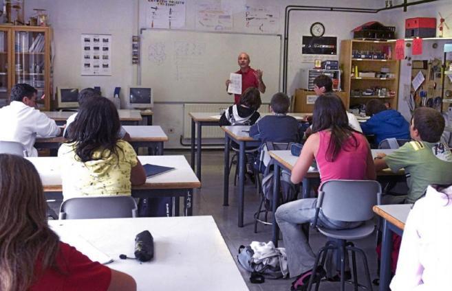 Alumnos de un instituto donostiarra, en clase.