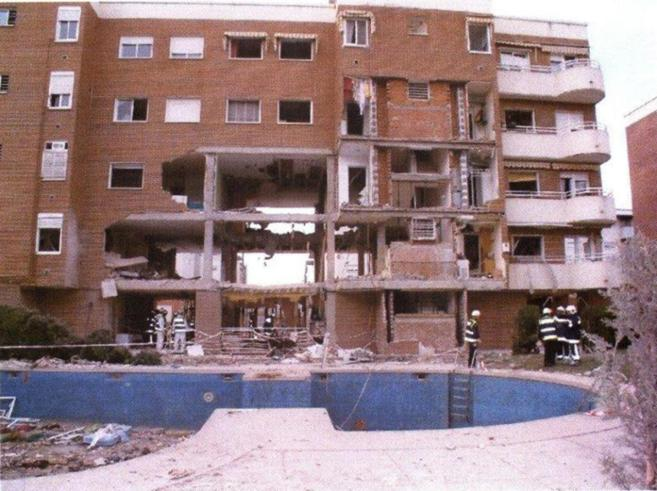 Destrozos en el edificio de Leganés en el que vivían los...