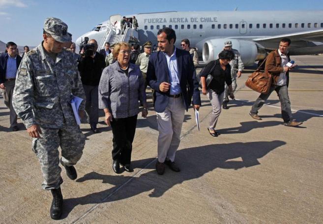Bachelet llega a la zona afectada.