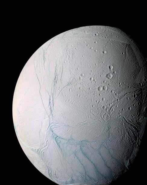 La luna Encélado de Saturno, captada por la sonda Cassini.