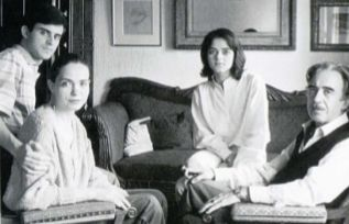 Foto del álbum familiar de los Valls en 1985.