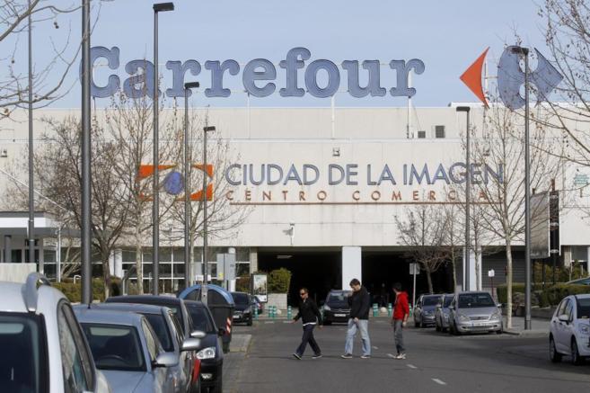 Fachada del Carrefour de Ciudad de la Imagen.