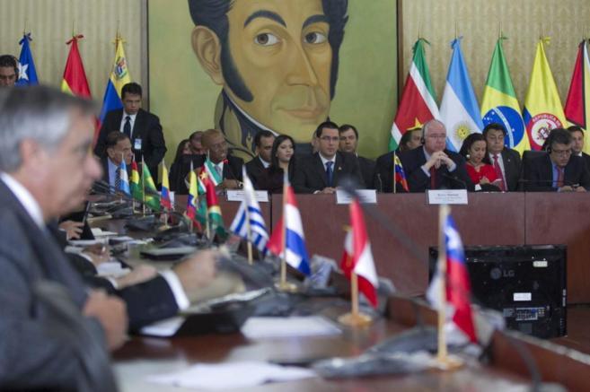Cancilleres de Unasur reunidos con empresarios venezolanos en su...