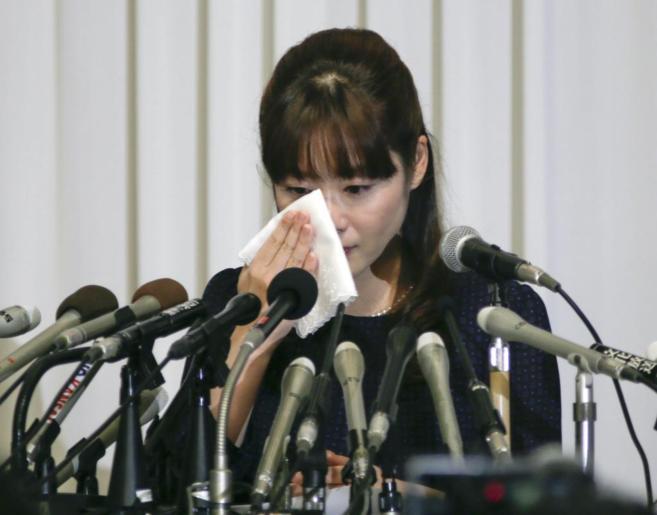 La joven científica no ha podido contener el llanto en su primera...