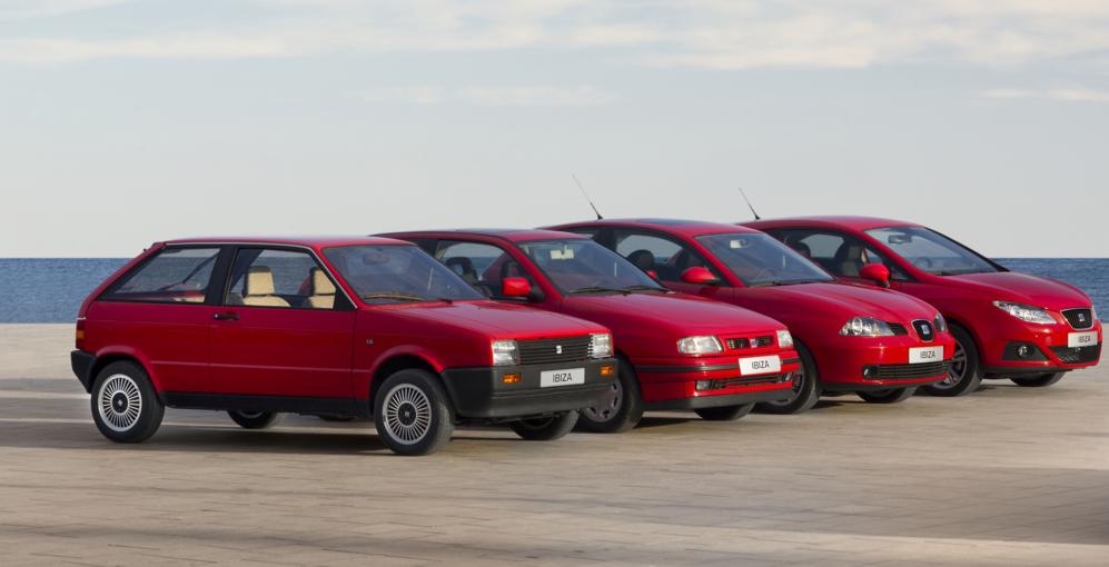 Las cuatro generaciones del Ibiza, desde la de 1984 a la lanzada en...
