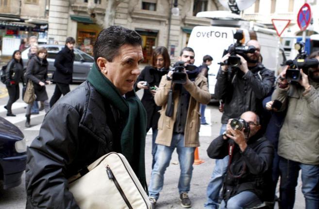 Jaume Matas acude al tribunal en Palma el pasado diciembre.