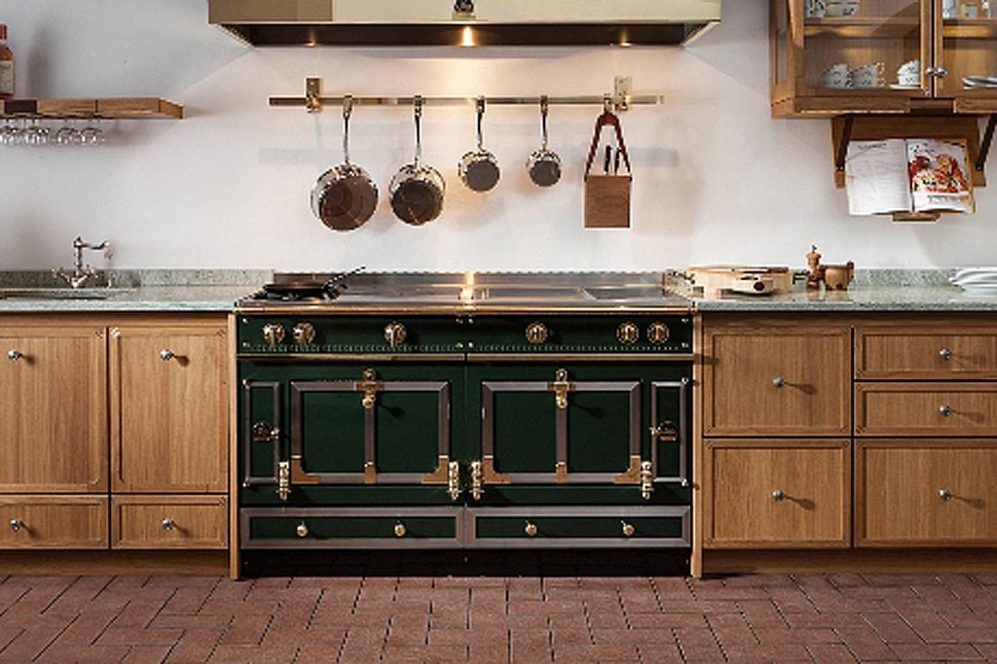 El glamour, en 10 muebles - Cocinas retro. La marca france ...