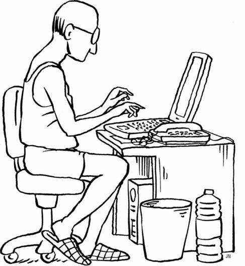 Un hombre en camiseta interior trabaja en un ordenador de casa.