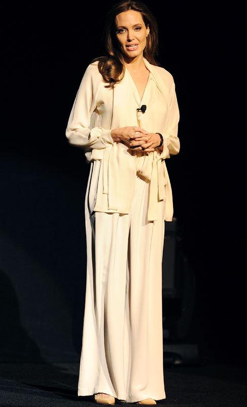 Angelina Jolie (39). Aunque ahora la veamos convertida en una...