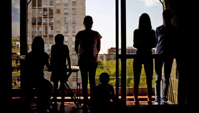 Alicia y sus cinco hijos durante la entrevista que mantuvieron la...