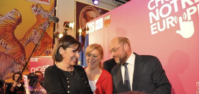 Elena Valenciano, en el acto en París del Partido Socialista...