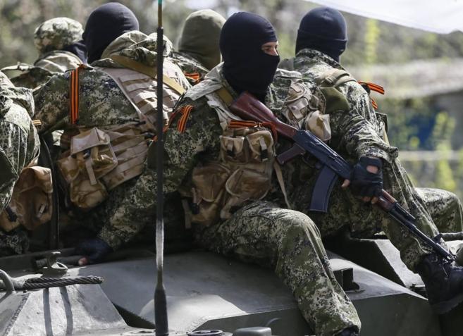 Milicias prorrusas desplegadas en el Este de Ucrania.