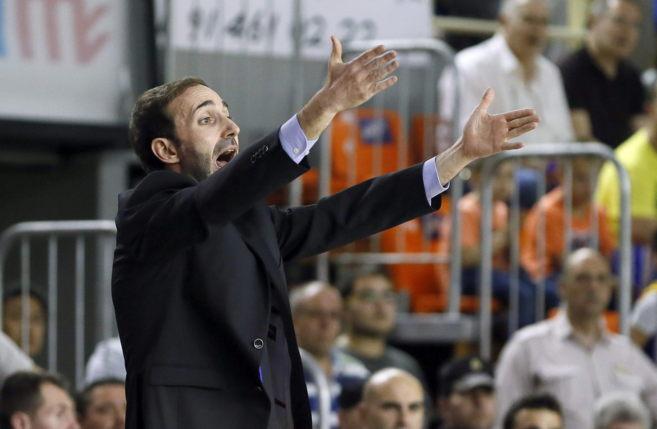 Sito Alonso, técnico del Gipuzkoa Basket, en Fuenlabrada.