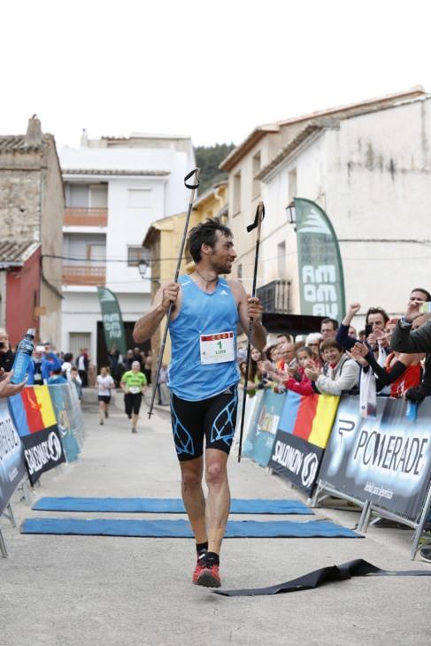 Luis Alberto Hernando, al cruzar la línea de meta.