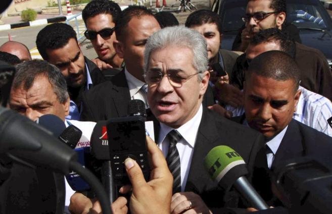 El político de izquierdas, Hamdin Sabahi, atiende a los medios
