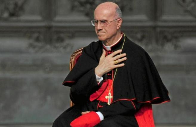 Tarcisio Bertone, ex secretario de Estado del Vaticano en un acto del...