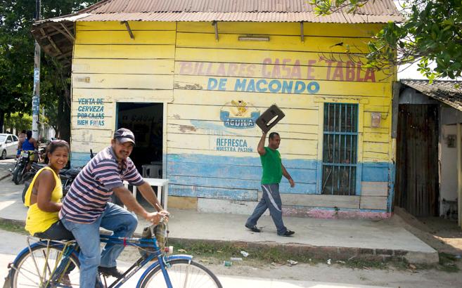 Una tienda con el nombre de Macondo en Aracataca (Colombia), el pueblo...
